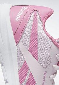 Reebok - REEBOK RUSH RUNNER 2.0 SHOES - Stabilty running shoes - pixel pink - 5