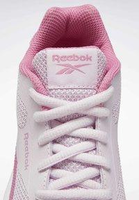 Reebok - REEBOK RUSH RUNNER 2.0 SHOES - Stabilty running shoes - pixel pink - 6