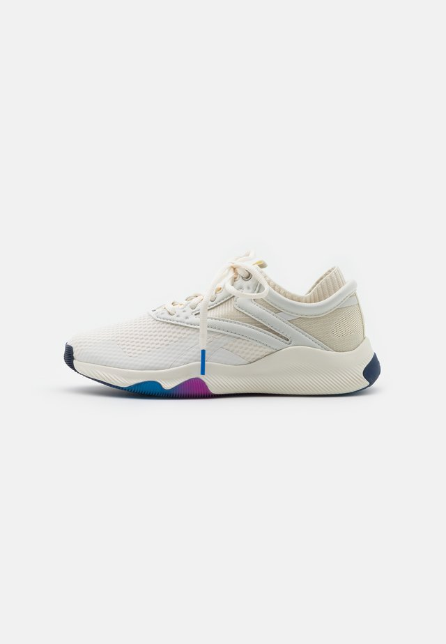 REEBOK HIIT TR - Sports shoes - chalk/alabaster/pink