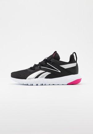 MEGA FLEXAGON - Sportschoenen - black/white/pink