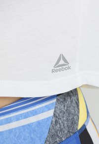 Reebok - TEE - T-shirt imprimé - white - 5