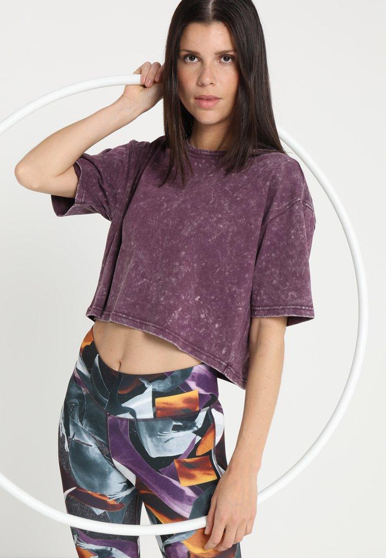 Reebok - WASHED TEE - Camiseta estampada - urbvio