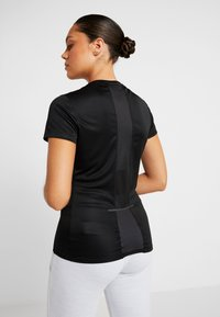 Reebok - TEE - T-shirts print - black - 2