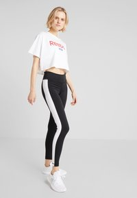 Reebok - LINEAR LOGO CROP TEE - Print T-shirt - white - 1