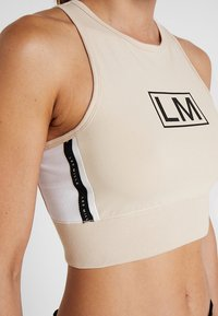 Reebok - TRAINING CROP TOP - Top - buff - 5