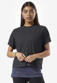 Reebok - TRAINING ESSENTIALS RIBBED TEE - Basic T-shirt - black - 1