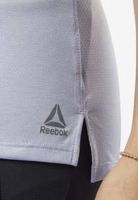 Reebok - SMARTVENT TEE - T-shirt basic - denim dust - 5