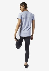 Reebok - SMARTVENT TEE - T-shirt basic - denim dust - 1