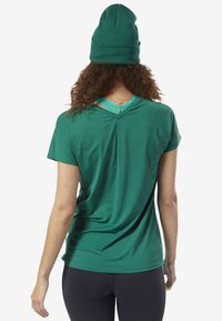 Reebok - ACTIVCHILL TEE - T-shirt basic - green - 2