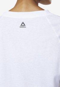Reebok - MEET YOU THERE GRAPHIC TEE - Print T-shirt - white - 3