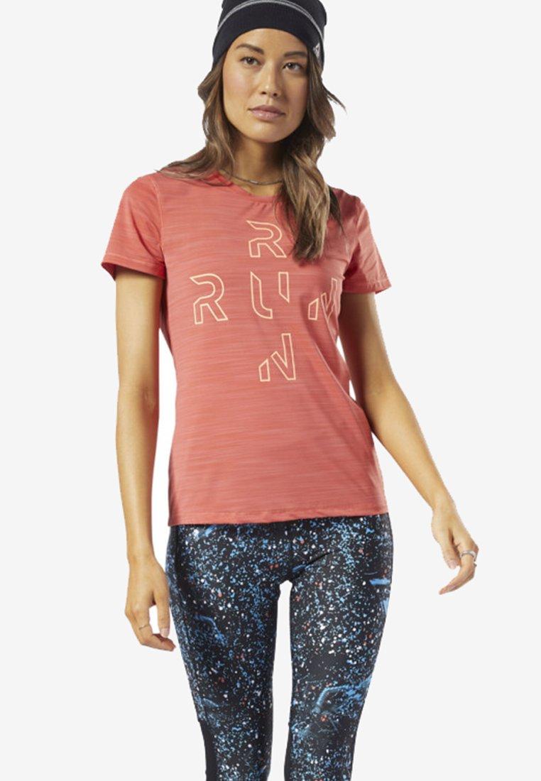 Reebok - ONE SERIES RUNNING ACTIVCHILL TEE - T-Shirt print - pink