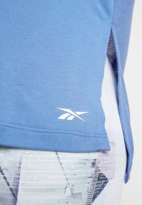 Reebok - WOR SUPREMIUM LONG SLEEVE - Long sleeved top - blubla - 5