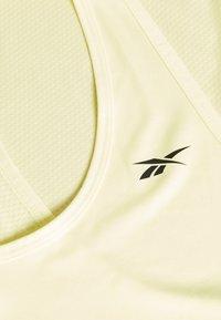 Reebok - MESH BACK TANK TOP - Camiseta de deporte - yellow - 2