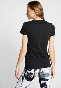 Reebok - VECTOR TEE - Print T-shirt - black - 2
