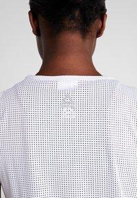 Reebok - TANK - Sports shirt - white - 6