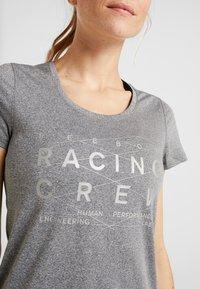 Reebok - REFLECT TEE - T-shirt med print - black - 5