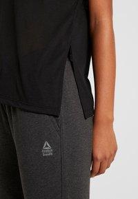 Reebok - TEE - T-shirts med print - black - 6
