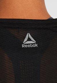 Reebok - TEE - T-shirts med print - black - 4