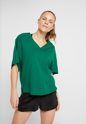 TEE - T-shirt basique - clover green