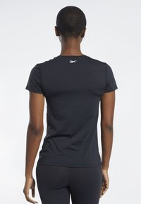 Reebok - ACTIVCHILL GRAPHIC TEE - T-shirt print - black - 2