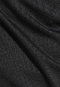 Reebok - RUNNING ESSENTIALS SPEEDWICK TEE - T-shirt basic - black - 4