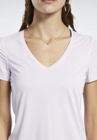Reebok - ACTIVCHILL TEE - T-shirt basic - pink - 3