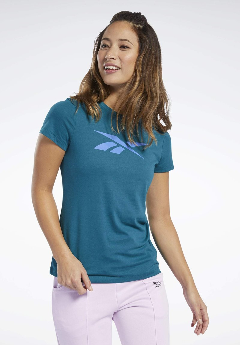 Reebok - VECTOR GRAPHIC TEE - T-shirt z nadrukiem - heritage teal