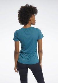 Reebok - ACTIVCHILL TEE - T-shirts basic - heritage teal - 2