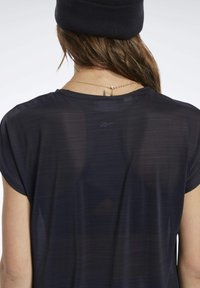Reebok - WORKOUT READY ACTIVCHILL TEE - T-shirts - black - 4