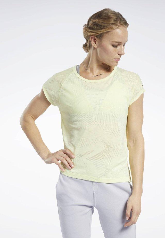 BURNOUT TEE - T-shirt basic - yellow
