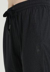 Reebok - PANT - Jogginghose - black - 5