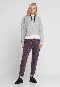 Reebok - MARBLE PANT - Teplákové kalhoty - urbvio - 1