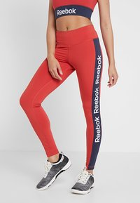 Reebok - TRAINING ESSENTIALS LINEAR LOGO LEGGING - Medias - red - 0