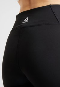 Reebok - TRAINING ESSENTIALS LINEAR LOGO LEGGING - Collant - black - 3