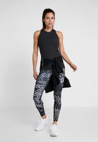 Reebok - STUDIO LUX TRAINING HIGH-RISE LEGGING - Legging - black - 1