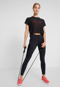 Reebok - TRAINING HIGH-RISE LEGGING - Leggings - black - 1