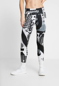 Reebok - MYT TRAINING 3/4 LEGGINGS - Punčochy - black - 0
