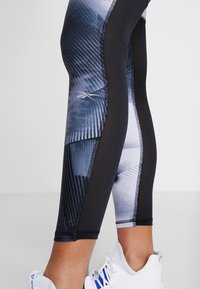 Reebok - ESSENTIALS RUNNING RECYCLED LEGGINGS - Medias - black - 4