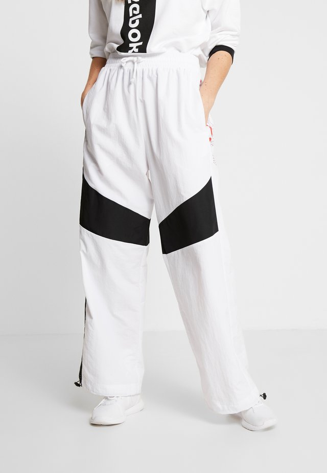 MYT SPORT WIDE LEG PANTS - Trainingsbroek - white