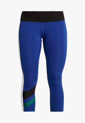 WORKOUT READY COLORBLOCK CAPRIS - Pantaloncini 3/4 - blue