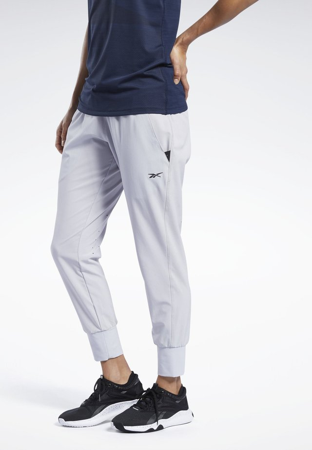 UNITED BY FITNESS DOUBLEKNIT JOGGERS - Träningsbyxor - grey
