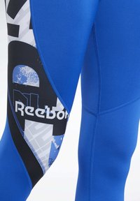 Reebok - MEET YOU THERE TIGHTS - Collants - humble blue - 4