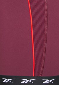 Reebok - BIKE SHORT - Legging - maroon - 2