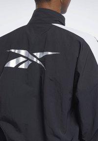 Reebok - MEET YOU THERE JACKET - Training jacket - black - 4