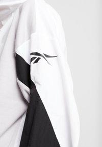 Reebok - COVER UP - Windbreaker - white - 5