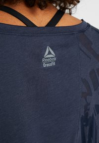 Reebok - T-shirt de sport - heritage navy - 5