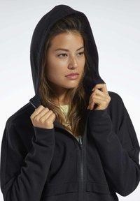 Reebok - QUIK COTTON HOODIE - veste en sweat zippée - black - 4