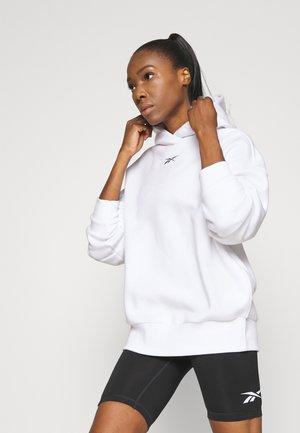 OVERSIZE HOODIE - Bluza z kapturem - white