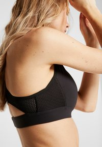 Reebok - HERO RACER BRA - Sports-BH - black - 4