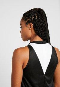 Reebok - WOR DRESS - Vestido de deporte - black - 4